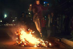 آتش بازی در چهارشنبه سوری
